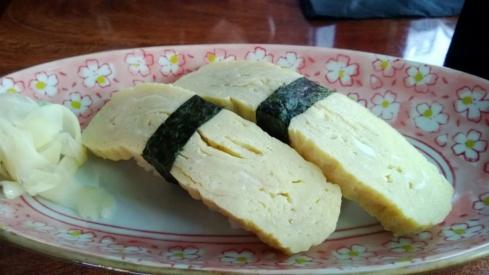 Nijo - Tamago sushi